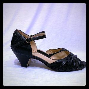 c34241c411 chelsea crew. Vintage Inspired Kitten Heels